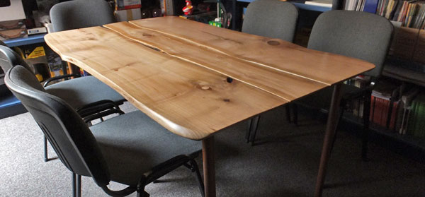 La belleza de la madera natural ecolog a pr ctica - Mesas de tablones de madera ...